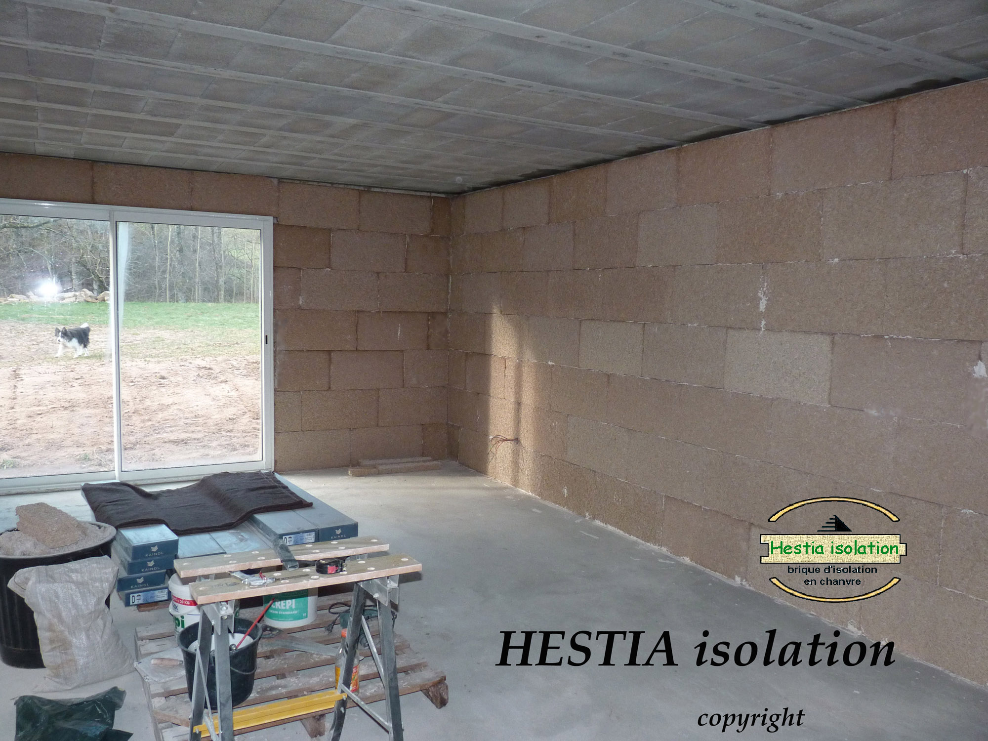 salle de yoga isolation brique chanvre hestia isolant phonique haute performance thermique naturel bloc